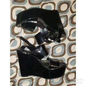 2c4d75e1dc54 Women s Platform Sandals Forever 21 on Poshmark
